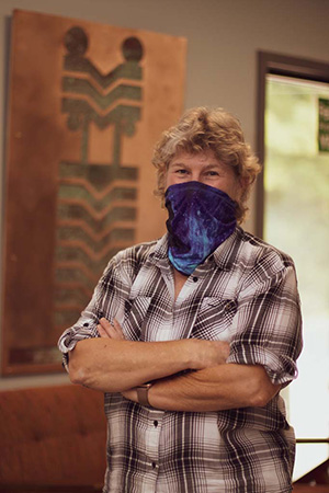 Betsy Kahn